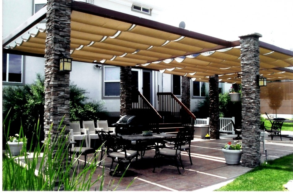outdoor-pillars-patio-canopy