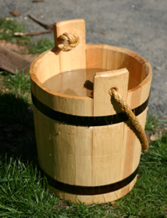 Wooden buckets (Kiulu), are used in the sauna.